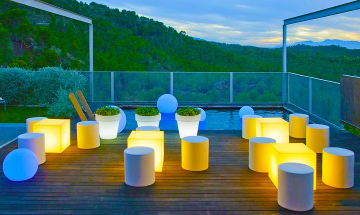 LOFTEK LED Ball and Cube seat furniture