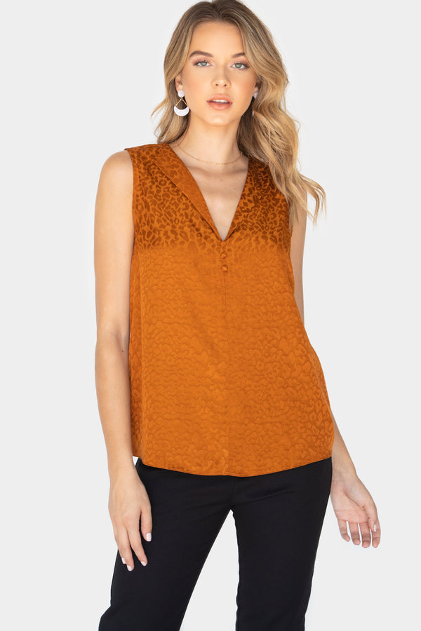 BAYLEE JACQUARD LEOPARD SLEEVELESS BLOUSE - LOST APRIL