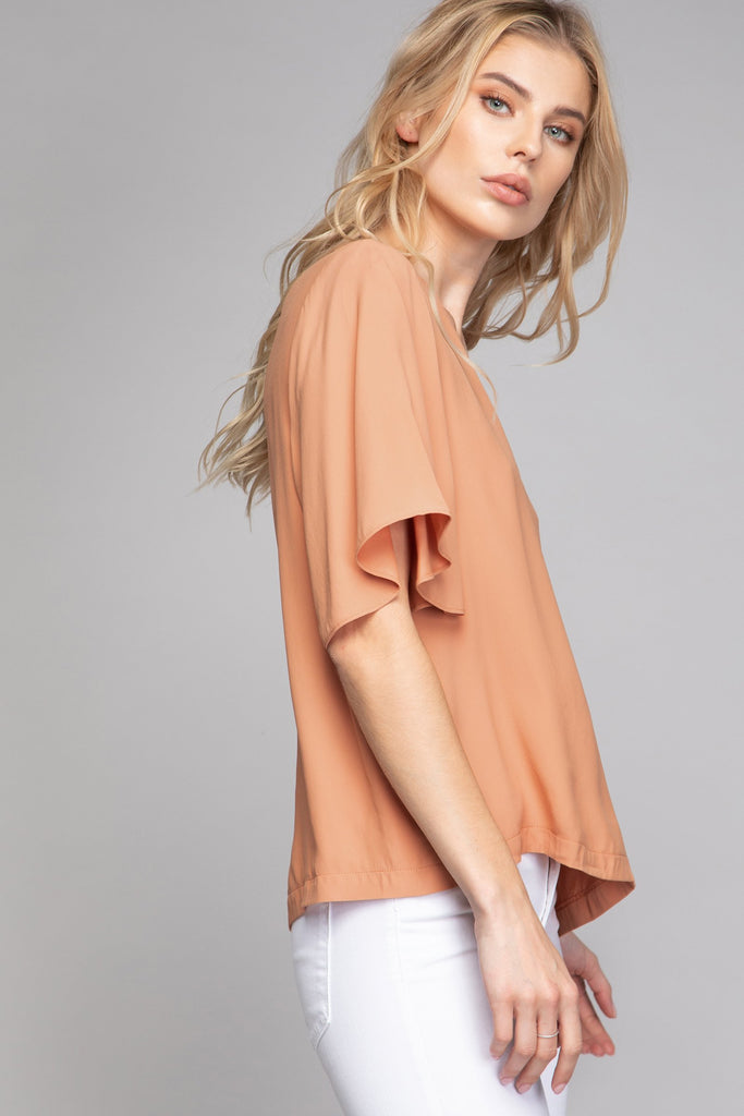 NINA V-NECK BLOUSE