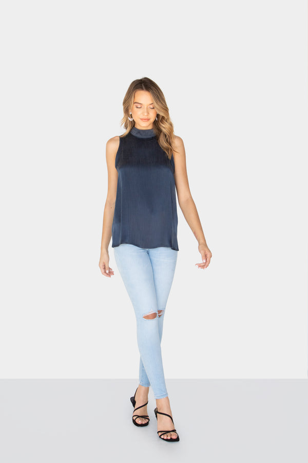 TAYLOR HIGH NECK TOP DARKNAVY FRONT