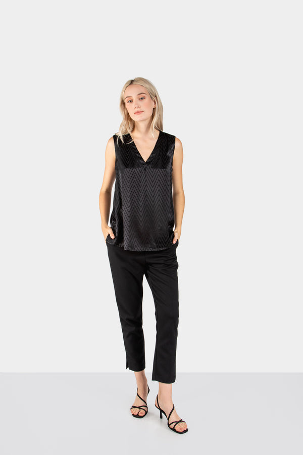 CARSON V-NECK SILKY TANK - LOST APRIL