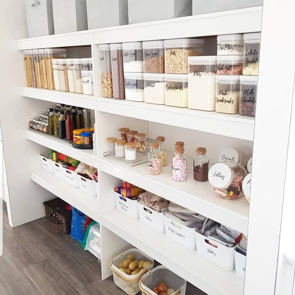 Shannon's Pantry Set Up