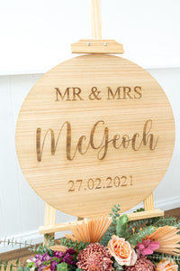 Round engraved Welcome Sign