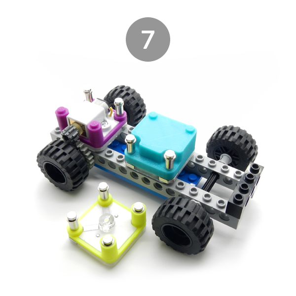 circuit-cubes-builds-car-chassis-7