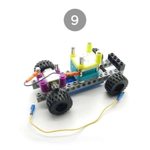 circuit-cubes-builds-car-chassis-9