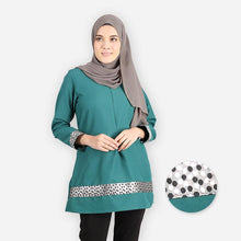 Load image into Gallery viewer, Khabirah Premium Blouse (emerald green) - HannahSG