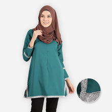 Load image into Gallery viewer, Fazia Curvy Premium Blouse (emerald green) - HannahSG
