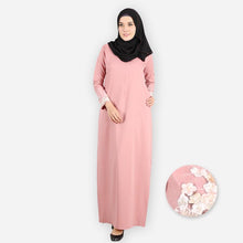 Load image into Gallery viewer, Eezah Premium Jubah (pink) - HannahSG