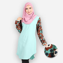Load image into Gallery viewer, Fatiha Curvy Premium Blouse (mint green) - HannahSG