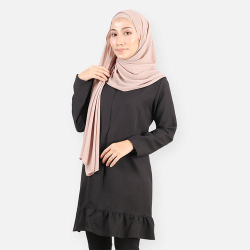 Fasihah Curvy Ruffled Blouse (black)