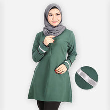 Load image into Gallery viewer, Durriyah Long Blouse (dark green)