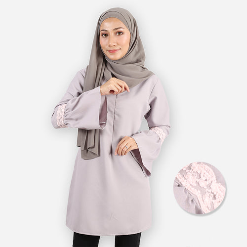 Huda Curvy Saloma Long Blouse (light grey)