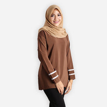 Load image into Gallery viewer, Salina Basic Blouse (dark brown)