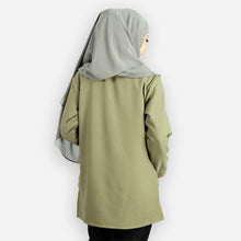 Load image into Gallery viewer, Kashifah Pocket Blouse (green)
