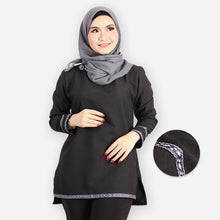 Load image into Gallery viewer, Adiba Curvy Basic Blouse (black)
