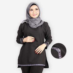 Adiba Curvy Basic Blouse (black)