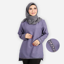 Load image into Gallery viewer, Adiba Curvy Basic Blouse (lilac)