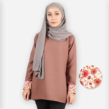 Load image into Gallery viewer, Hazirah Basic Blouse (brown)