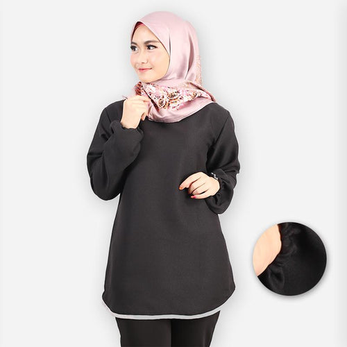 Delima Curvy Basic Blouse (black)