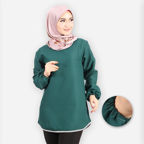 Delima Curvy Basic Blouse (dark green)