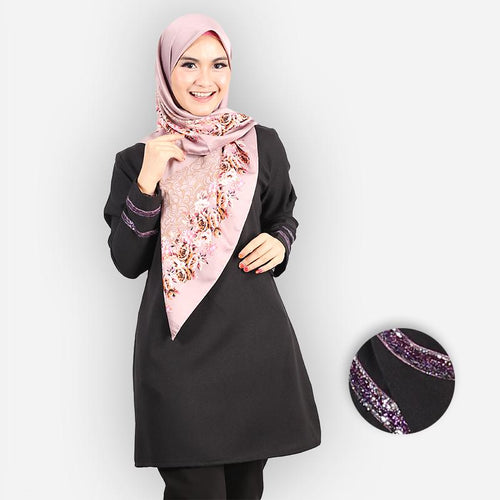 Hasniyah Curvy Basic Long Blouse (black)