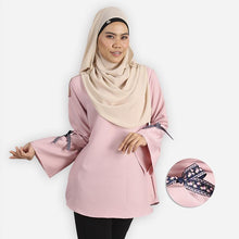 Load image into Gallery viewer, Kafiyah Curvy RIbbon Blouse (pink)