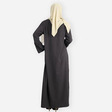 Load image into Gallery viewer, Adeela Premium Jubah (black)