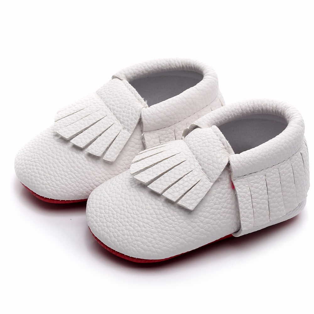 Newborn baby shoes - white, 0-6 months