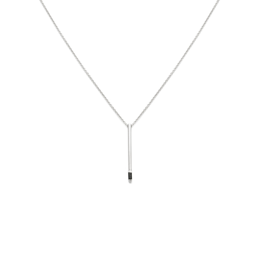 Vertical Pendant - Black Spinel