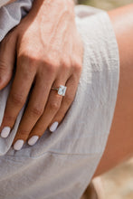 Load image into Gallery viewer, Lilac Engagement Ring