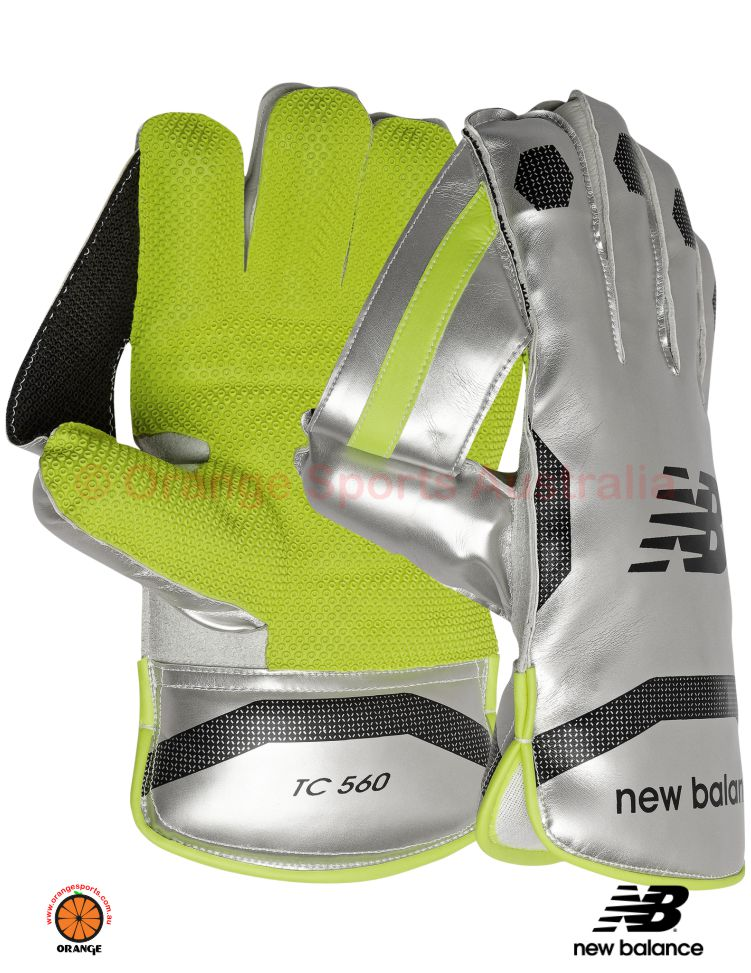 NB TC 560 WICKET KEEPING GLOVES