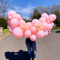 DIY Balloon Garland in strawberry champagne color