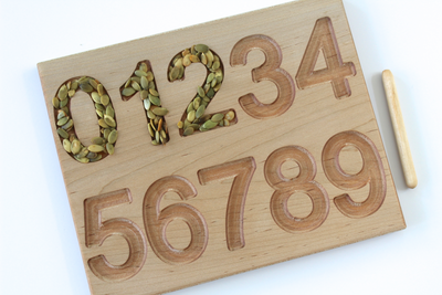 Number tracing 1-10 board for preschool learning toys.