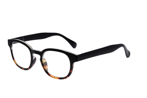 Stilo Design Whitianga reading glasses Daily eyewear