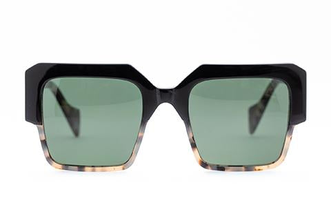 Stage Sunglasses /Black Milky Tort