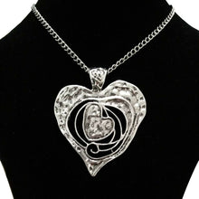 Load image into Gallery viewer, Abstract Metal Heart Pendant Necklace