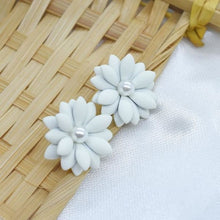 Load image into Gallery viewer, Spring Flower Earrings - White - earrings