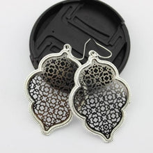 Load image into Gallery viewer, Two Tone Dangle Moroccan Earrings - E3014 Silver Black - earrings