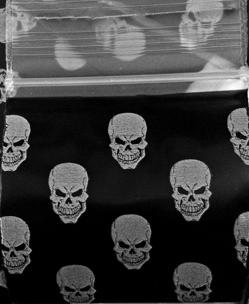 Apple Baggies White Skull Design, Apple Mini Ziplock Bags,Cheeky Ninjas