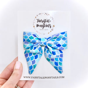 Mermaid Scales - Oversize Sailor Bow Clip