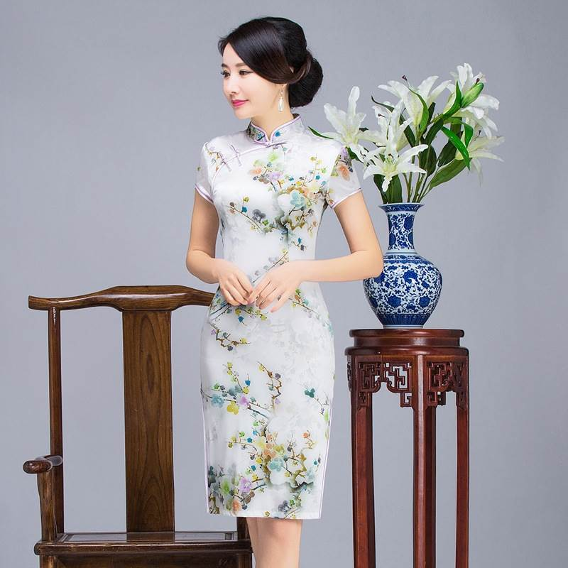 traditional chinese women's clothing