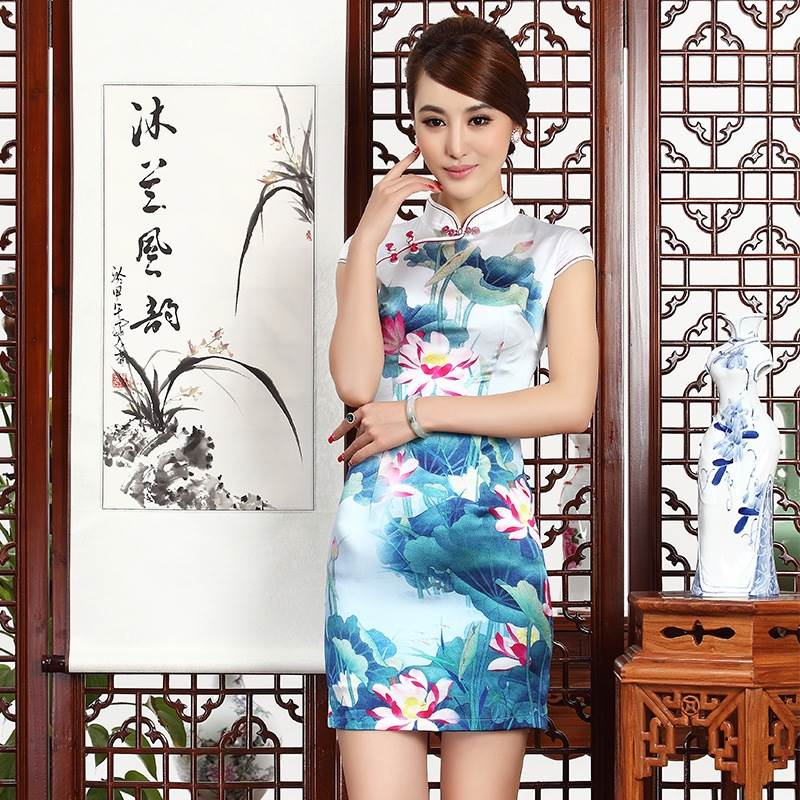 chinese typical dress