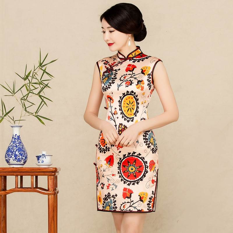 sleeveless short qipao dress