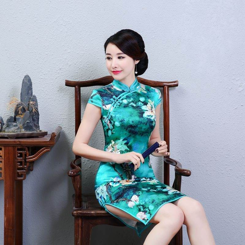 traditional chinese clothing female