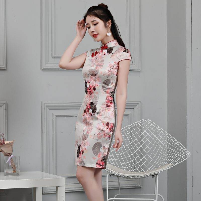 formal chinese clothing
