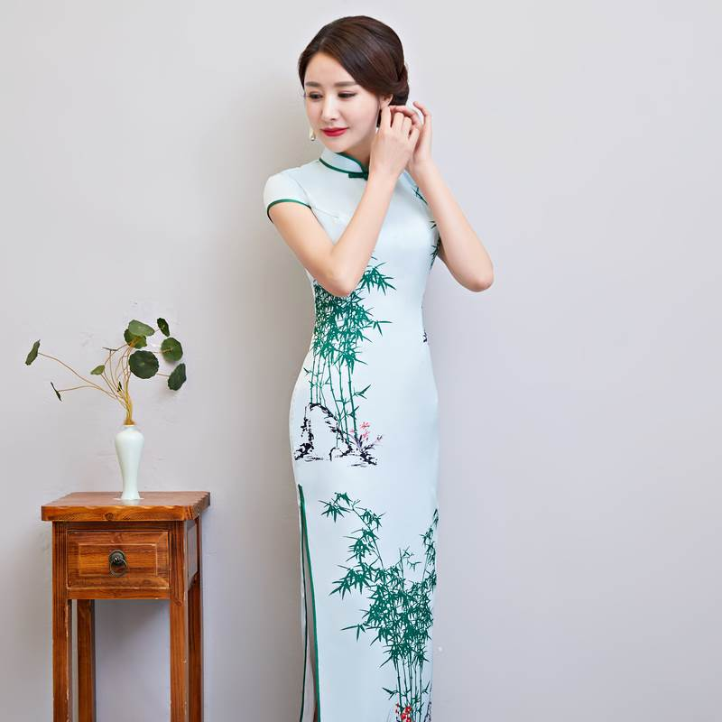 white long qipao