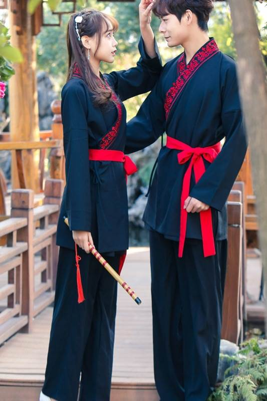 black chinese couple suit