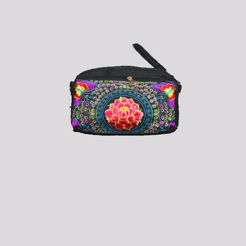 Oriental Beautifully Embroidered Clutch Bag QX3046