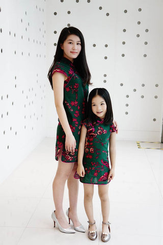 chinese traditional clothing for kids and mom