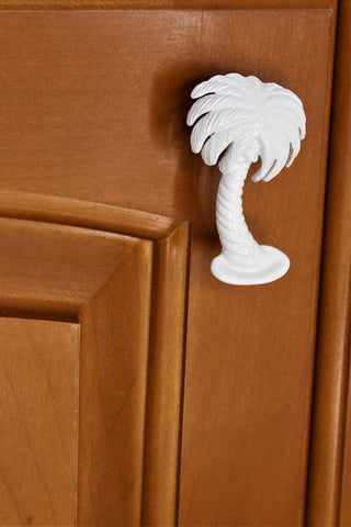 right leaning palm tree drawer knob - white